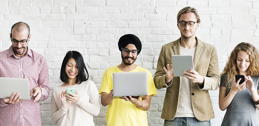 Six Ways CMOs Can Capture Audience Attention in the Online Community